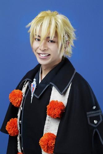 Yojiro Murata como Kinzou Shima