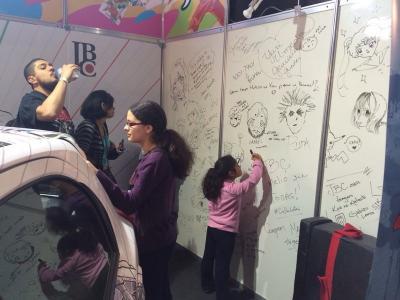 Muito obrigado a todos que deixaram suas mensagens nas paredes de nosso stand!