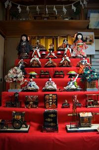 Altares podem custar mais de 1 milhão de ienes (cerca de R$ 20 mil)