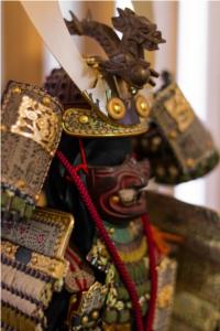 As armaduras samurais eram feitas para assustar o inimigo