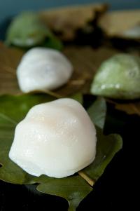 Kashiwa mochi, o doce típico do Dia das Crianças