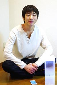 O engenheiro de softwares Ken Kawamoto gosta de criar produtos que quebram a barreira entre o mundo digital e o mundo real