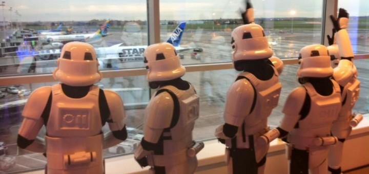 Mais detalhes do avião do Star Wars