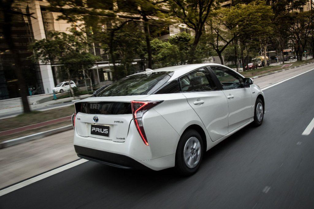 Novo Prius: tecnologia japonesa no Brasil