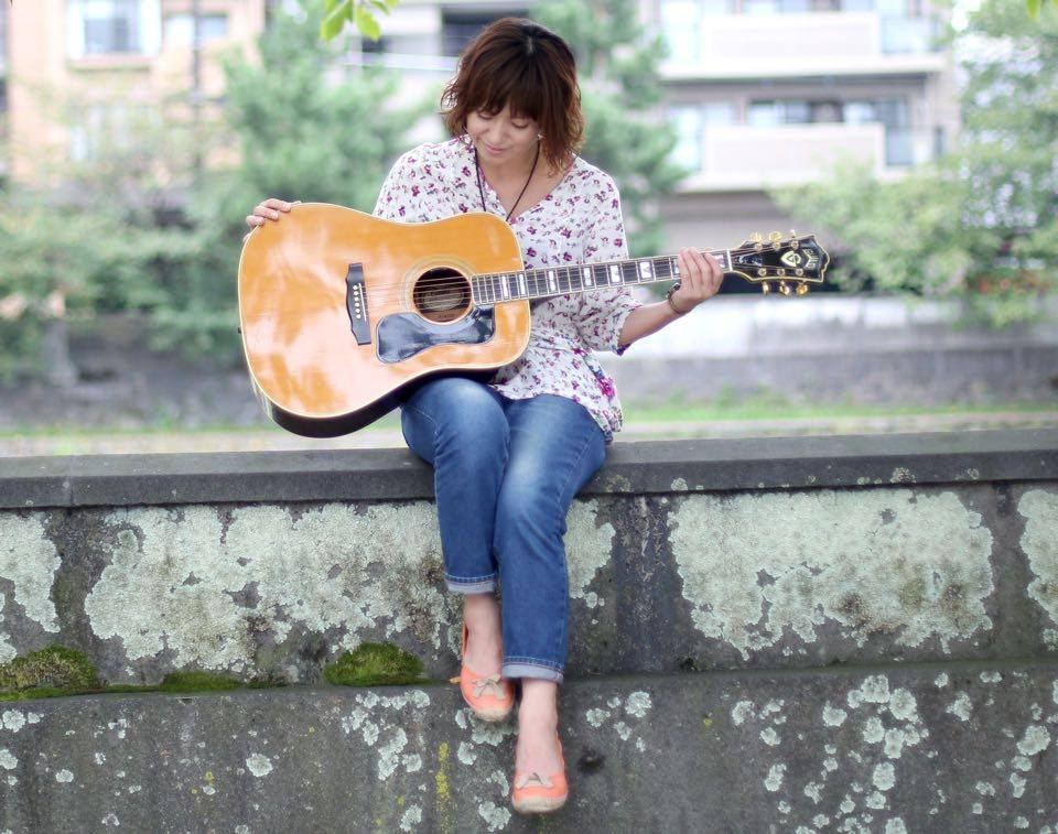 A cantora japonesa Misa Kamiyama conta sua trajetória pela música gospel no Japão