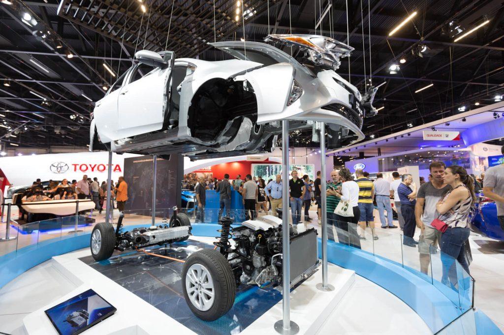Carros híbridos são a aposta da Toyota