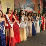 Desfile com traje de gala Miss Nikkey Brasil 2017