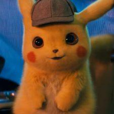Pikachu fofinho e Pokémons pela cidade