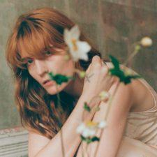 Florence+The Machine canta em GOT
