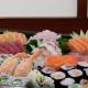 Combinado de sushi e sashimi para duas pessoas