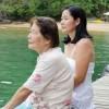 Dona Tsuruko, a matriarca da Pousada Nautilus, e sua filha Hiroko. Olhares de contemplação e de superação