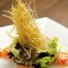 Salada exótica com barbatana de tubarão