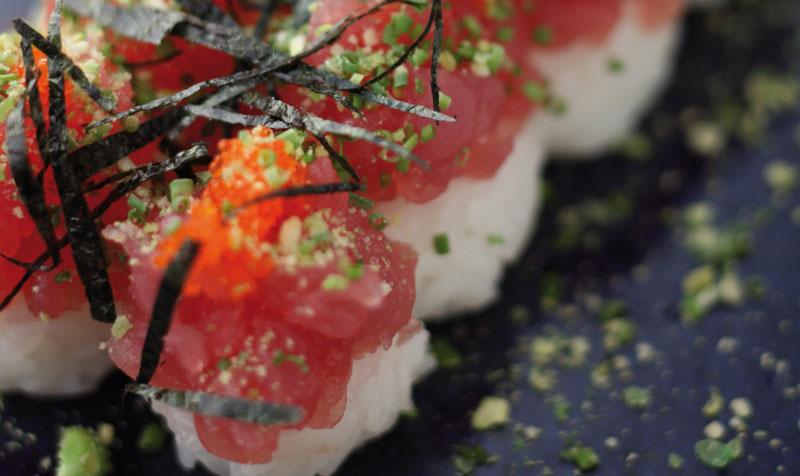 momotaro-sushi-full