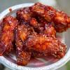 Associação de Mulheres Coreanas Idosas do Brasil ajudou a servir o frango apimentado no Festival K-Food
