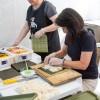 Menbros da Igreja Católica Coreana contribuiu com a produção de kimbap no Festival K-Food