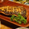Um peixe abissal assado na grelha, foi a sugestão do Kabura