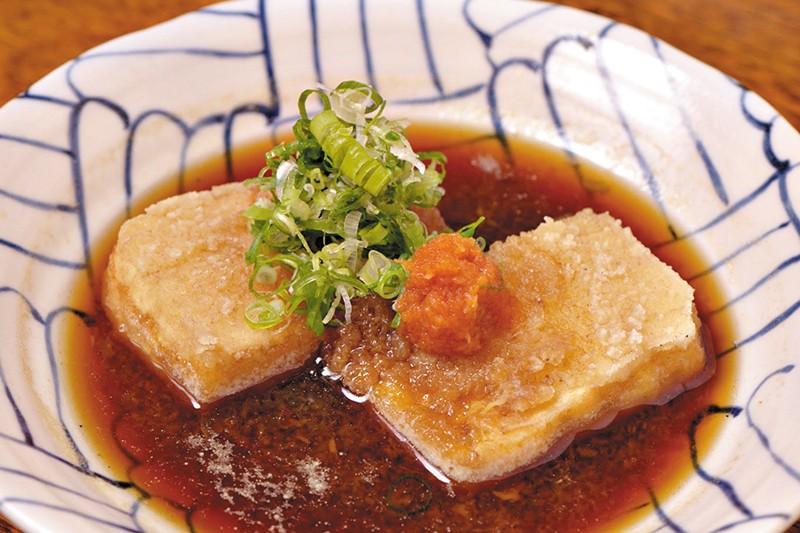Aguedashi-Dofu do chef Kakuzui Matsui, do Kidoairaku Foto Tatewaki Nio