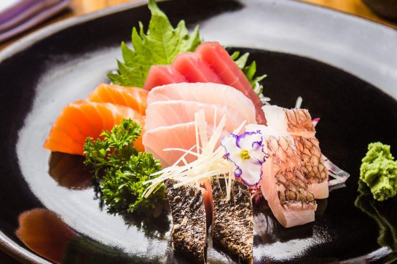 IMG_2786 - sashimi Toro(12 fatias de peixes variados)