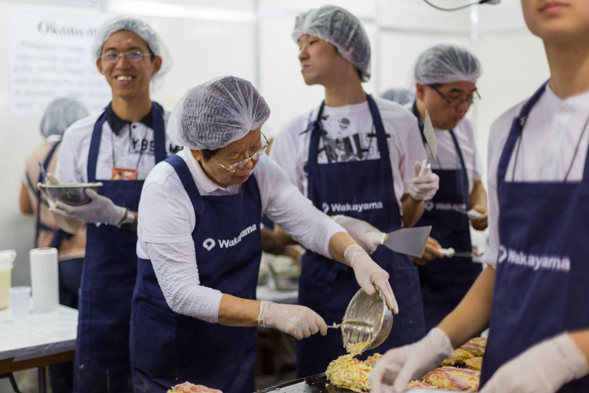 Voluntários da Associação de Wakayama - Festival do Japão - Wakayama