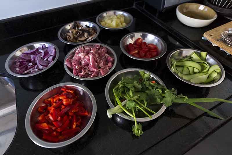 Mise en place dos ingredientes - Receita de porco agridoce à moda tailandesa