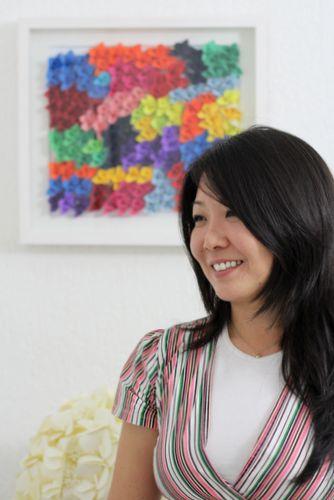A origamista Adriana Suzuki