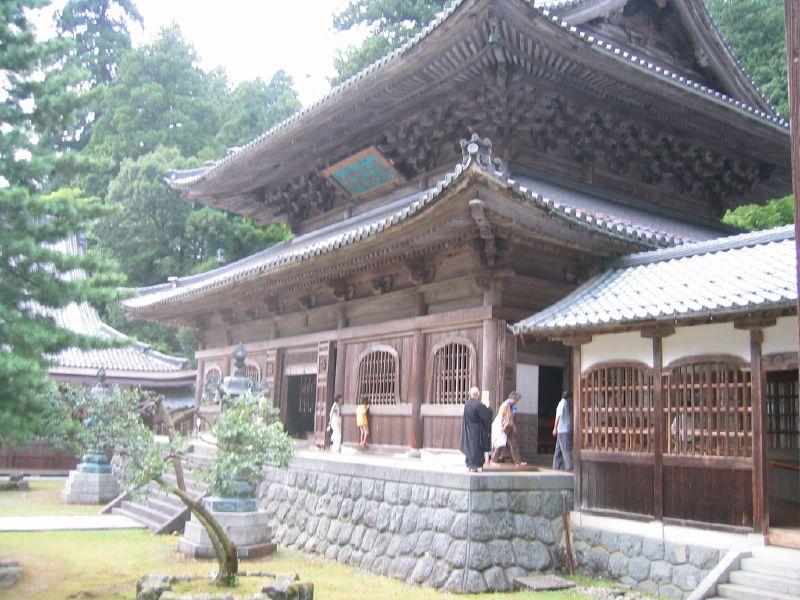 O templo Eiheiji fica na província de Fukui