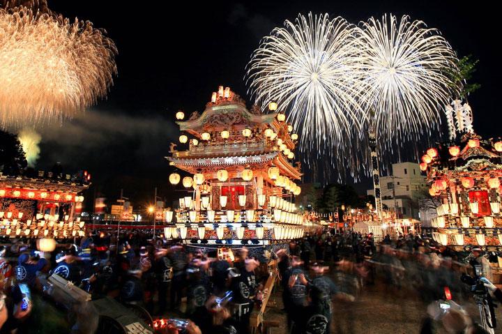 Festival Chichibu Yomatsuri acontece no dia 3 de dezembro