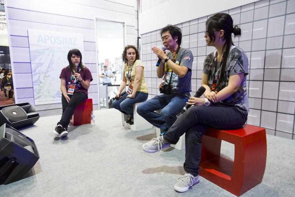 Equipe de arte e redação da editora JBC durante o painel