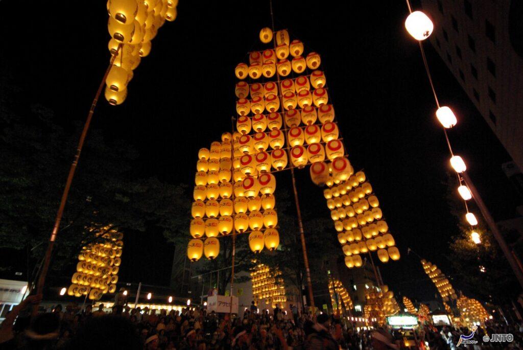 festivais japoneses akita