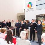 Autoridades e personalidades na inauguração do Centro Cultural Aliança