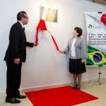 Yokio Oshiro, presidente da Aliança Cultural Brasil-Japão e Hitomi Sekiguchi, Cônsul Geral interina do Japão em São Paulo